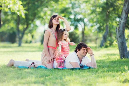 идеи для летней фотосессии для семьи из трех человек