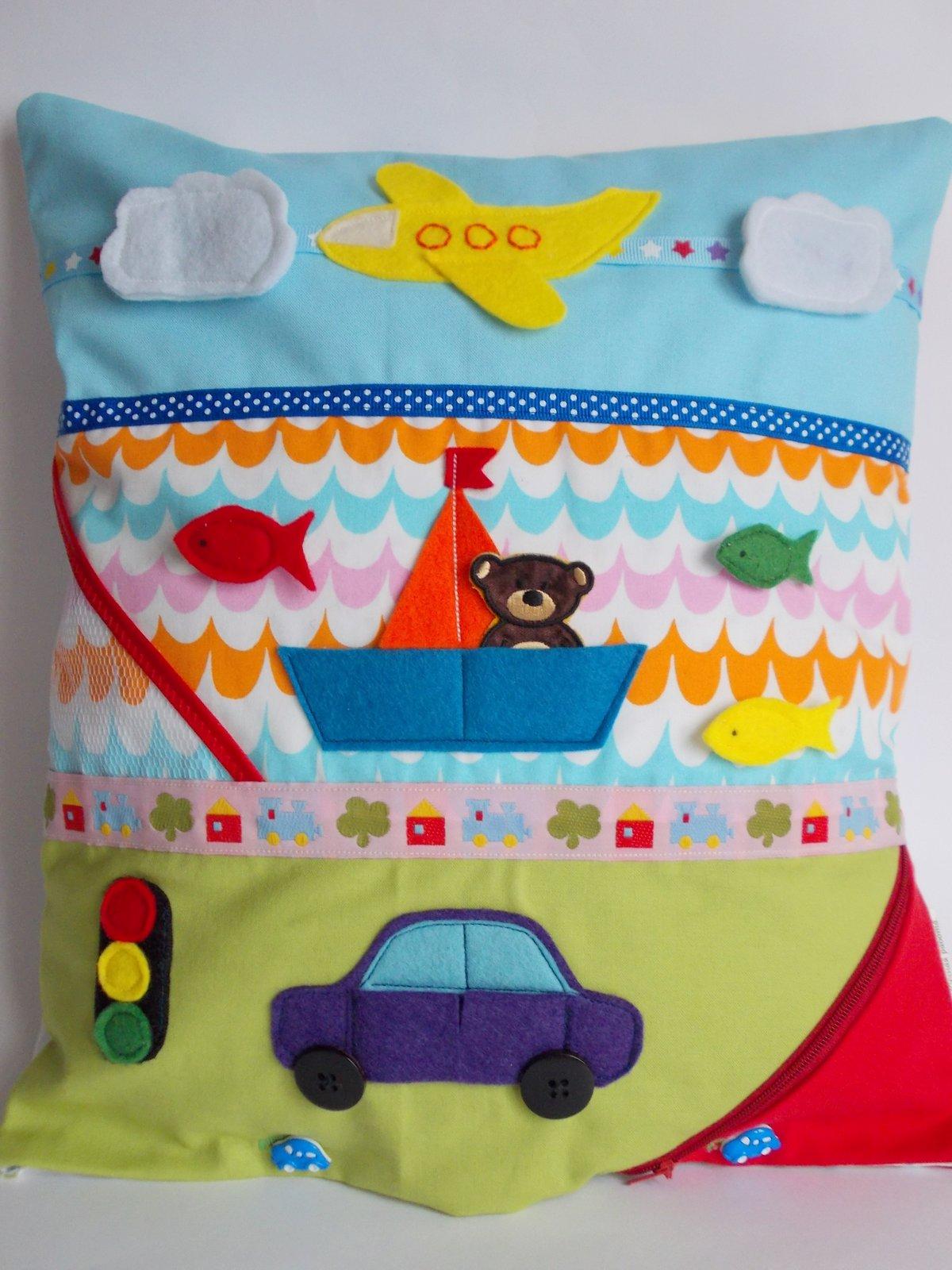бизиборд разавивающая подушка