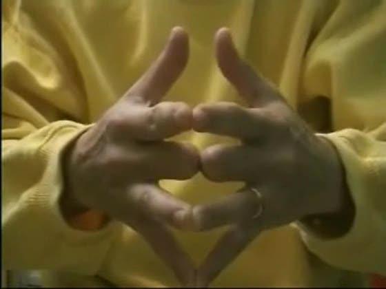 почему обручальное кольцо одевают на безымянный палец