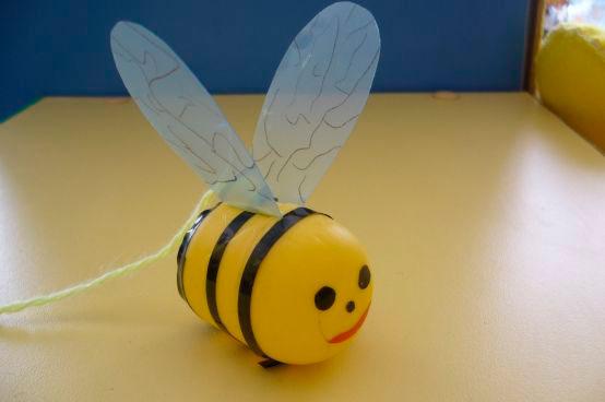 поделка пчела