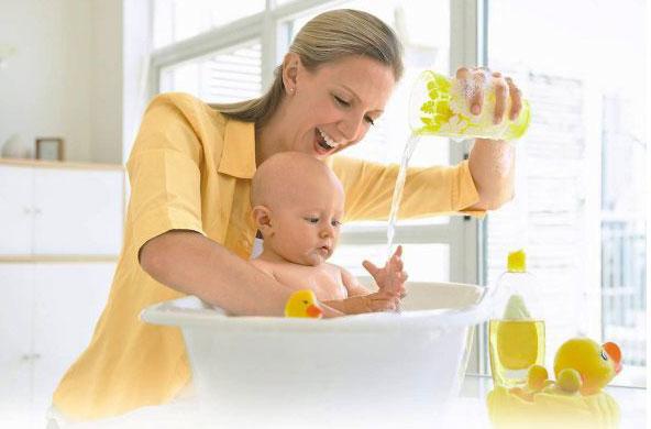 потешки для купания малыша