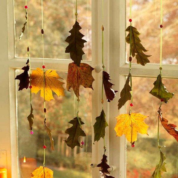 гирлянда из сухих листьев