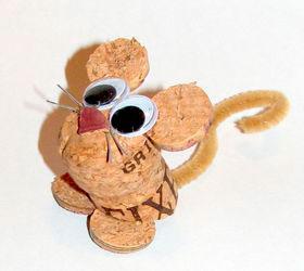 еще одна мышка из пробок