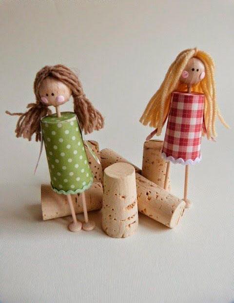 куклы из пробок
