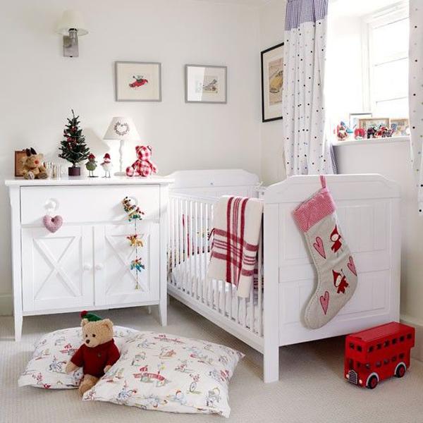 новый год в комнате малыша