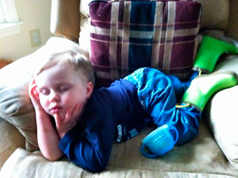 дети смешно спят 5