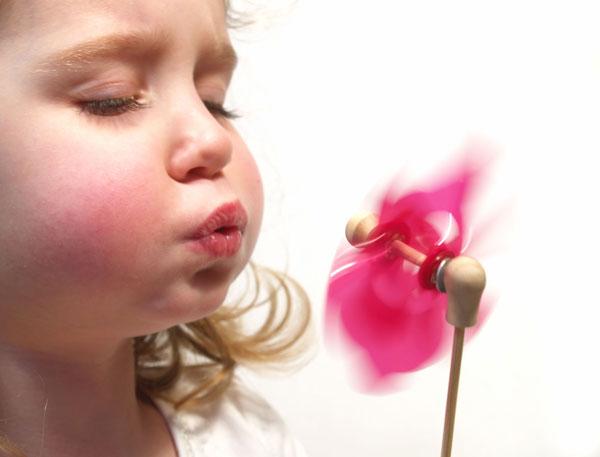 вертушка - игра для развития речевого дыхания у дошкольников
