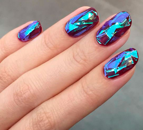 идеи маникюра битое стекло на ногтях с фото