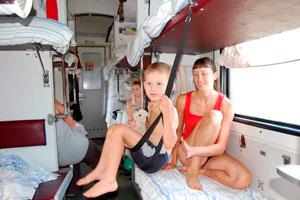чем заняться в поезде вместе с ребенком