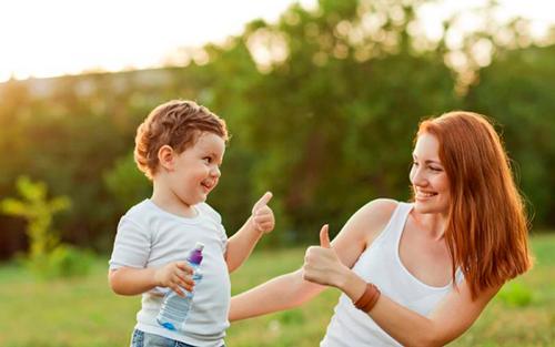 как развить в ребенке уверенность в себе, как хвалить ребенка