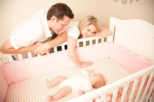 как научить ребенка засыпать самостоятельно: метод спока
