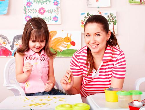 как выбрать няню для ребенка 1-2 лет