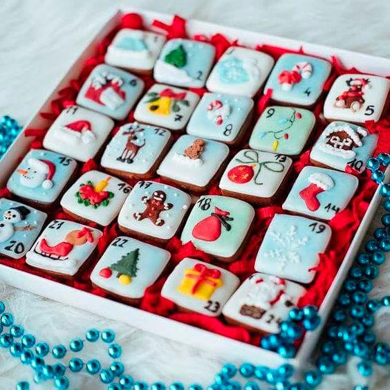 адвент календарь из новогоднего печенья
