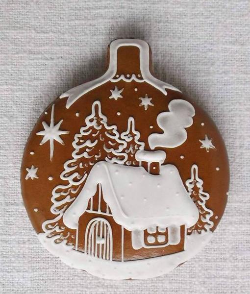 новогоднее печенье с домиком