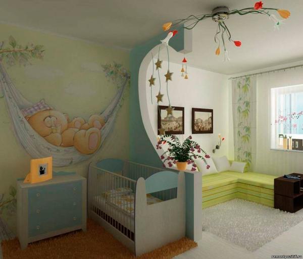 комната малыша и гостинная