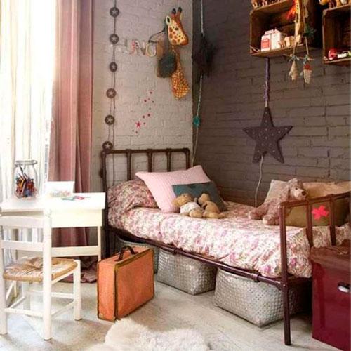 красивый интерьер детской комнаты в бежевом цвете 3