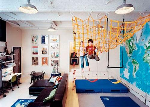 как правильно раставить мебель в детской 7