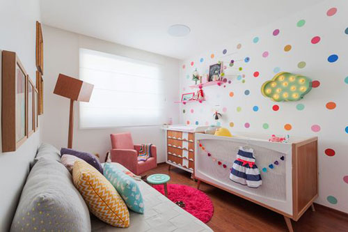 бежевая комната для ребенка