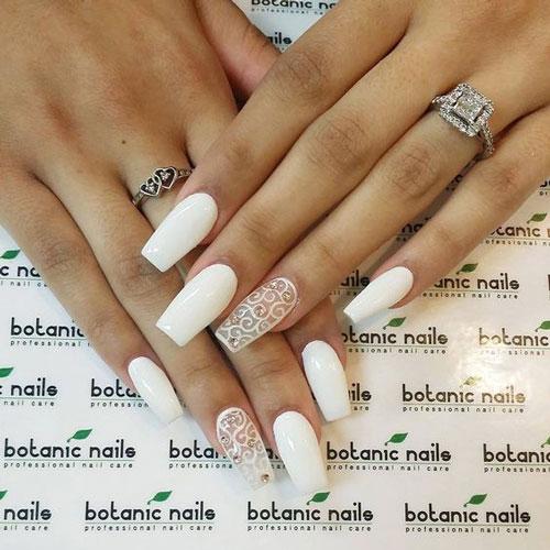 дизайн ногтей в белом цвете с рисунком 8