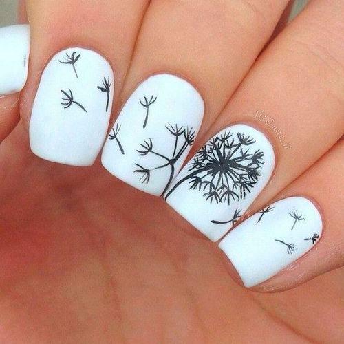 дизайн ногтей в чено белом цвете 2