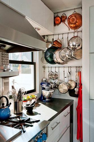 порядок на кухне: идеи хранения посуды