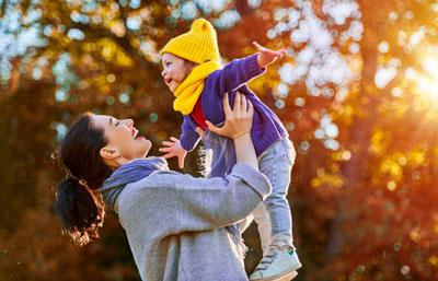лучшие друзья: мама и ребенок