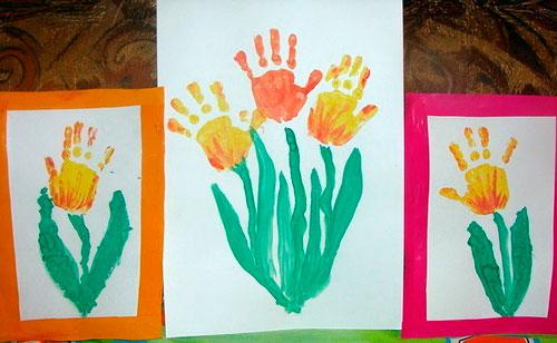 детские открытки с восьмым марта с отпечатками ладоний