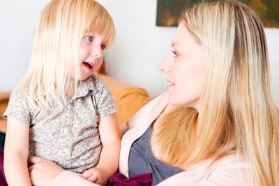 мама дружет с ребенком
