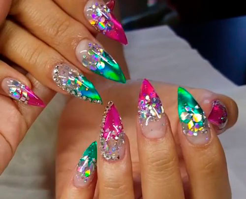 острые ногти разных цветов