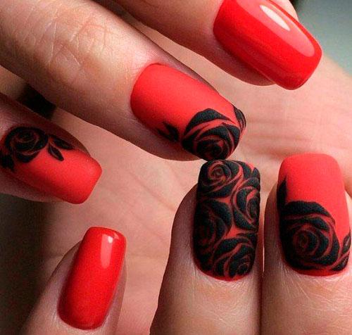 красный маникюр с черными розами