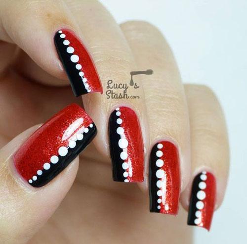 красные ногти с черными полосками