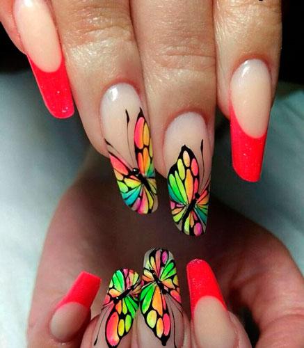 рисунок на красных ногтях