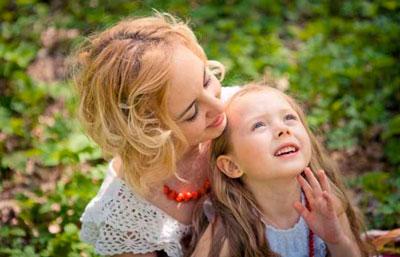 Загадки про маму для детей 5-7 лет
