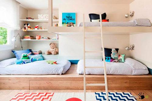 как расположить мебель в детской для трех детей
