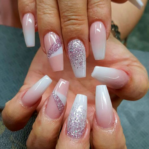 белый цвет на ногтях балерина