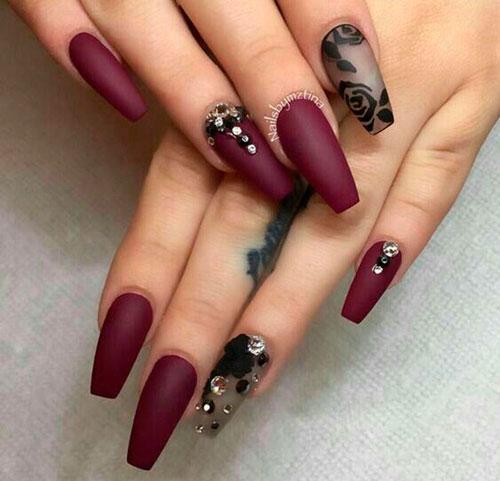 дизайн матового покрытия ногтей формы балерина