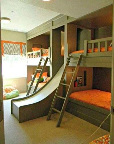 фото детской комнаты для троих детей с горкой