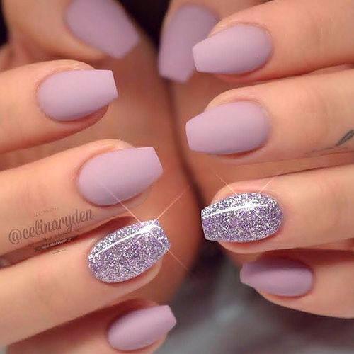 матовый лак на ногтях балерина