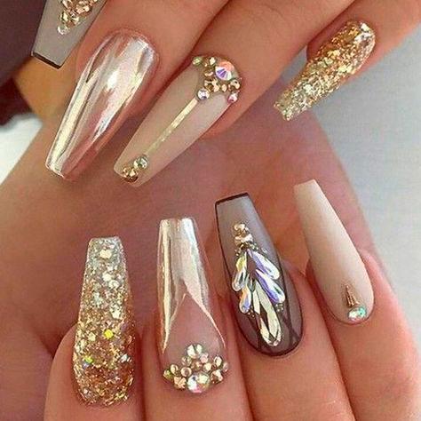 необычный дизайн ногтей формы балерина
