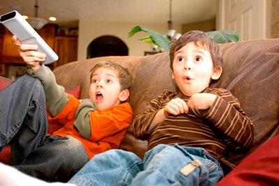 разрешать ли детям смотреть телевизор