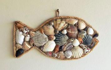 Панно рыба из ракушек