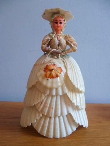 поделка кукла из ракушек