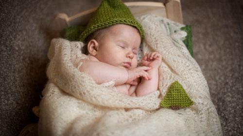 Как уложить ребенка 2 лет спать днем дома