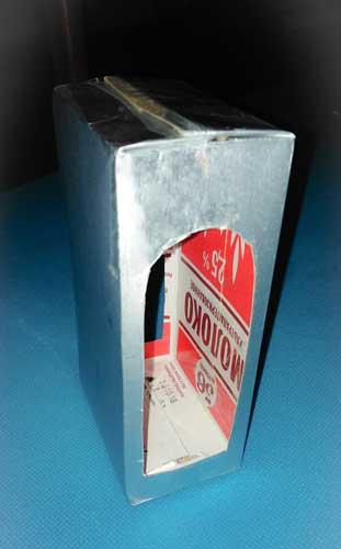 Кормушка из коробки от молока для птиц своими руками