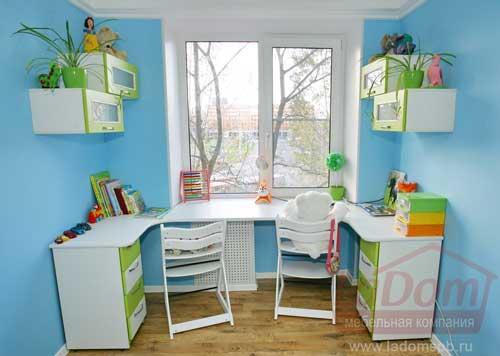 рабочее место в комнате для двоих детей 4