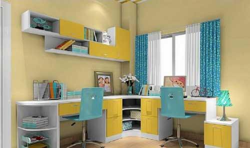 рабочее место в комнате для двоих детей
