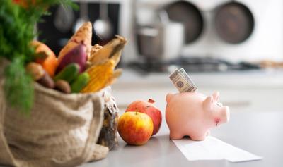 Как научиться экономить при походах в магазин и начать откладывать деньги