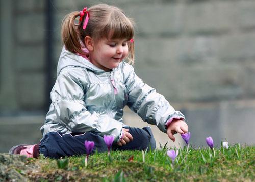 Красивые стихи про апрель для детей 7-9 лет