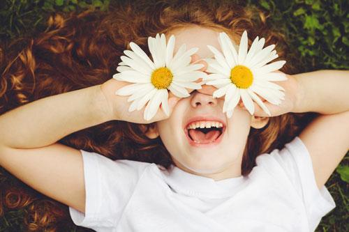Красивые стихи про ромашки для детей 7-9 лет