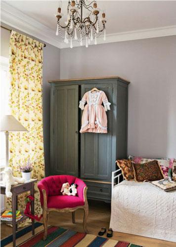классическая детская комната для девочки 2 лет